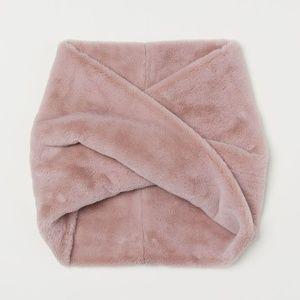 H&M Accessories - H&M Pink Faux Fur Tube Scarf
